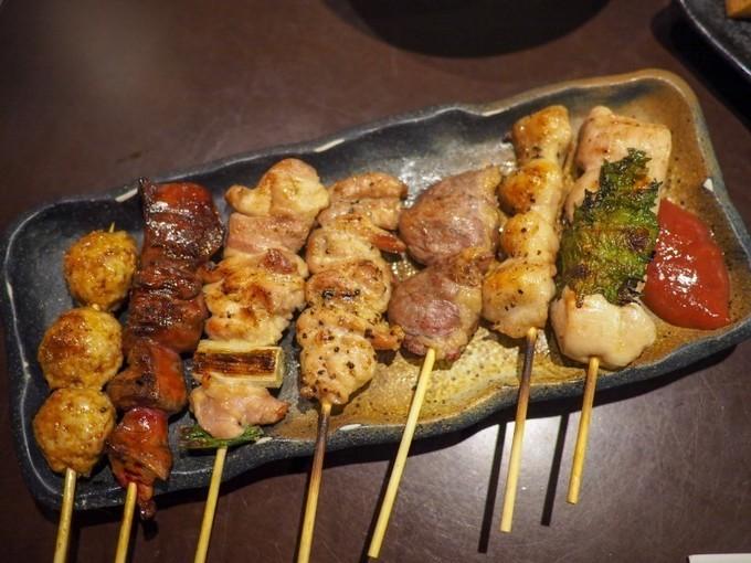 【町田】ビールにピッタリ!「てんがら巻き」は、豚肉の甘さと野菜の旨味が絶品『炭焼てんがらもん町田本店』