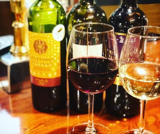 【池尻大橋】グラス1杯380円!常時40種のワインを気軽に楽しむ大衆酒場『ダビンチ』