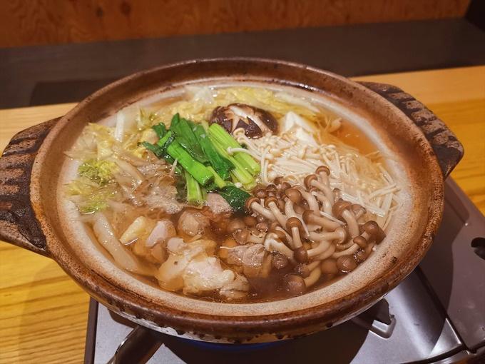 坂本龍馬も食べた軍鶏鍋!?南国市の『べんべん』で高知グルメを堪能!