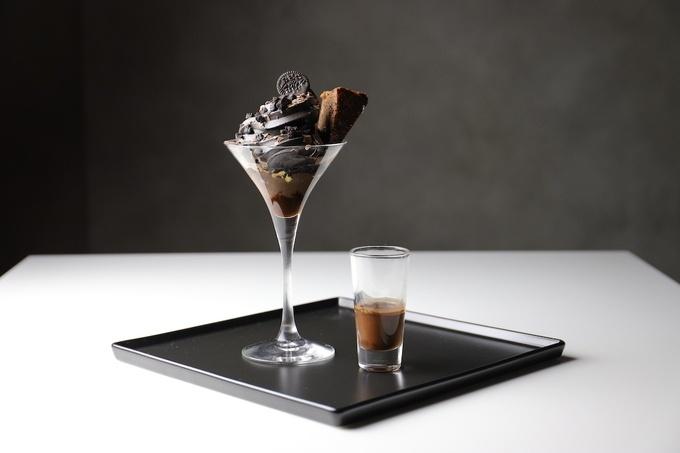 【銀座・スイーツ】大人の濃厚ソフトクリーム&世界一濃いごまアイス
