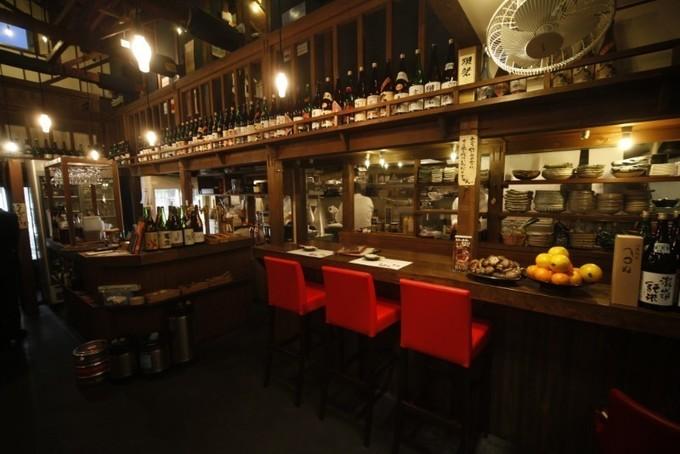 【はりまや橋】溢れんばかりのイクラ、ウニ!高知の名産と地酒を楽しめる『酒蔵居酒屋堀川』