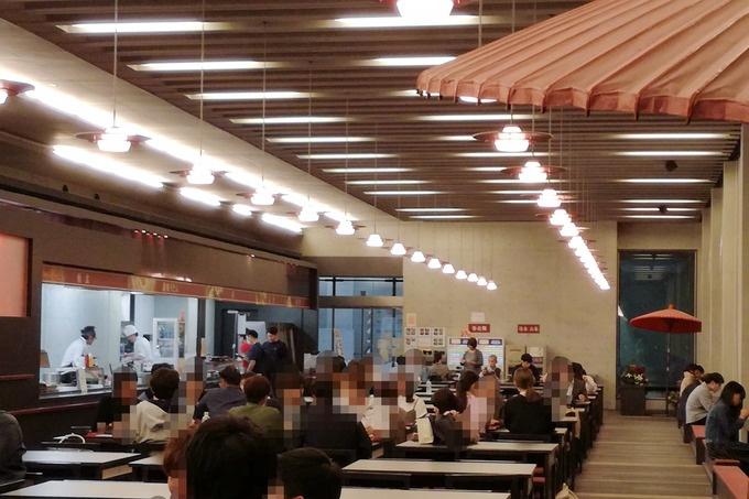 ワンコインでうどんも天ぷらも!香川直送の本格讃岐うどん『國學院大學』