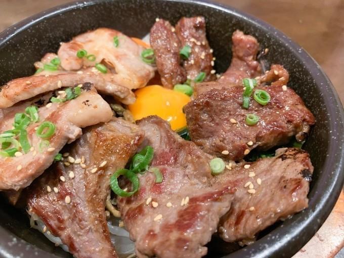 【鶴田】甘辛馬肉ユッケに、バラエティ豊かなカリカリの石焼ビビンバ!『みや御苑鶴田店』