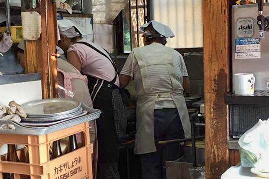 【三軒茶屋】ダシがないのになぜか旨い!都内で竹岡式ラーメンなら『ラブル』