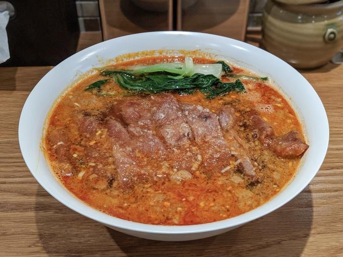 【渋谷】再開発で消えた名物「排骨担々麺」が復活!『レンゲノゴトク』