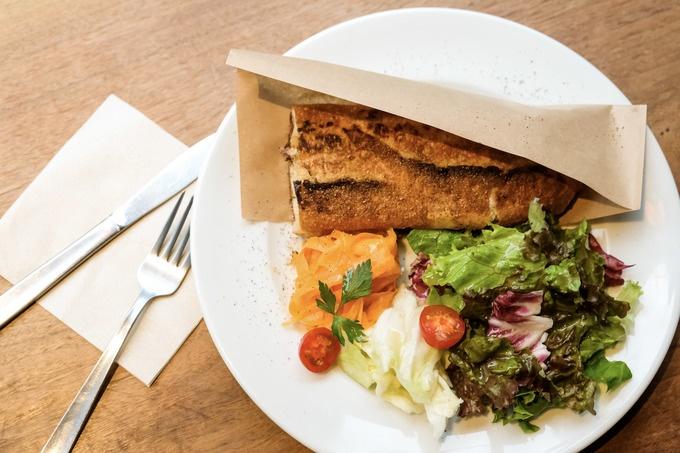 女子一人ご飯デビューに最適なサンドイッチとロゼの店。池尻大橋『サンドイッチストア』