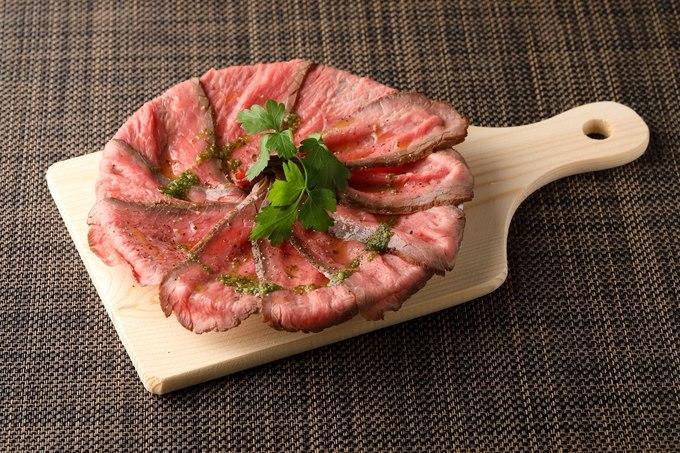ボリューム満点の国産牛ステーキが990円!大衆イタリアン『COVER.』が恵比寿にオープン