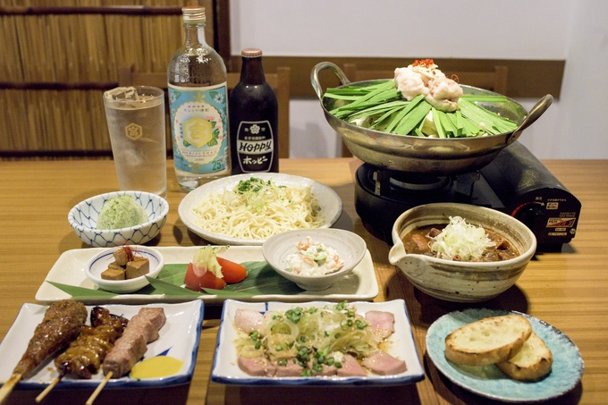 【麻布十番】もつ鍋、もつ焼き、もつ煮込み!旨み爆発『三六』のお得な宴会コースでもつ三昧