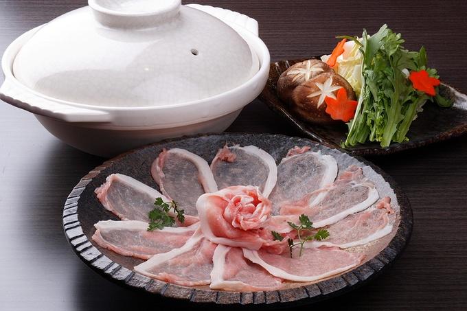【四ツ橋】厳しい基準を25年クリアし続ける豚肉をしゃぶしゃぶで!『なみなみ』