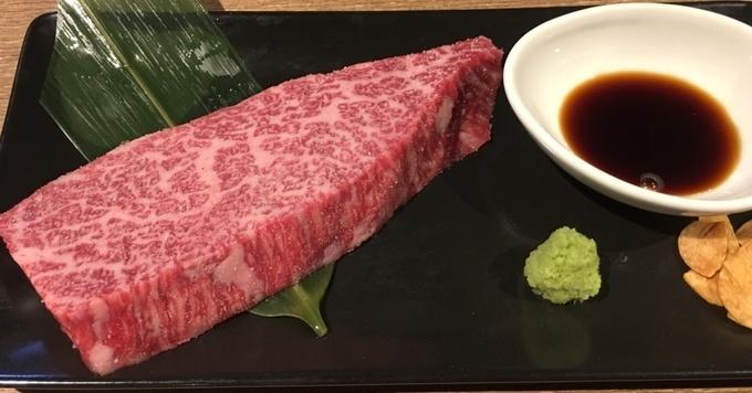 [祐天寺]長期熟成した黒毛和牛から凝縮された旨みを焼肉で『BEEF TABLE』