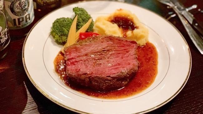 【11/25〜】厚切りローストビーフが食べ放題!麻布十番『Carnism』で肉祭り開催