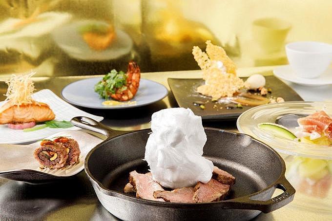 【品川】ホテルでディナーならココ8選!最上階レストランやカニ食べ放題ビュッフェなど