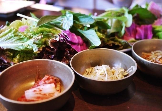 【横浜みなとみらい】15種類の彩り野菜とサムギョプサル食べ放題が驚きの2,480円!