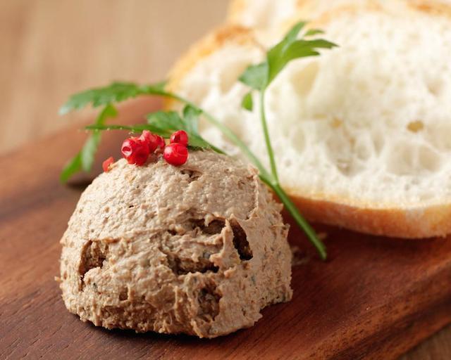 国産黒毛和牛の熟成肉とワインがコスパ良く楽しめる!吉祥寺の肉バル『BiBBER(ビバー)』